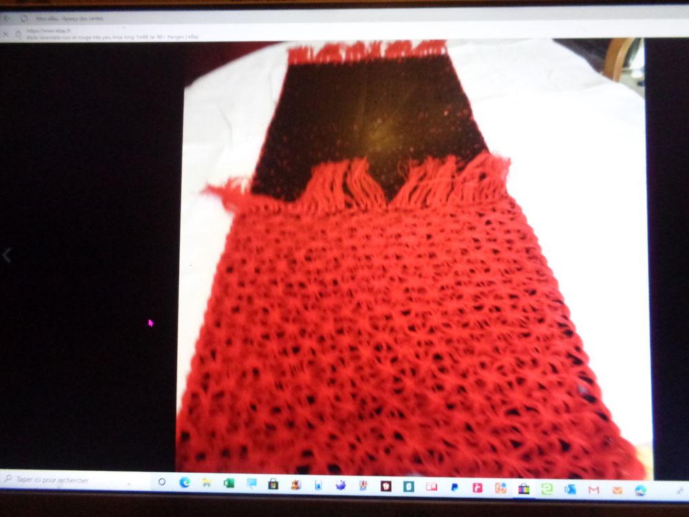 étole mis 1 fois réversible noir et rouge  15 Argenteuil (95)