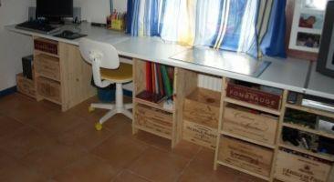 Fabriquez un bureau original et solide en caisses de vin  5 Cahors (46)