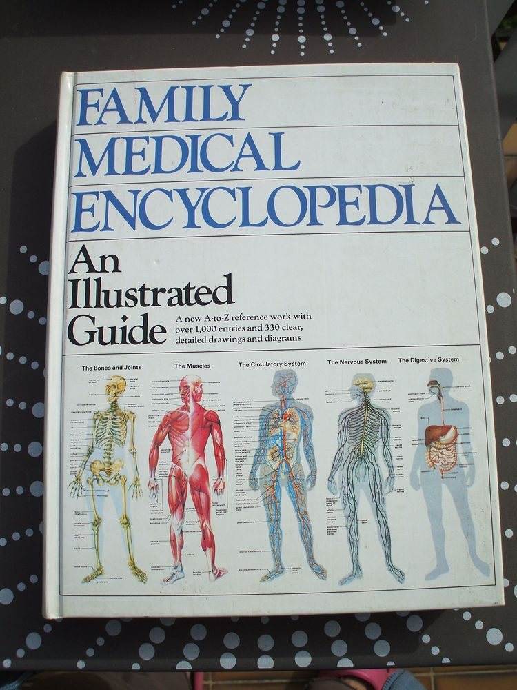 family medical encyclopedia an illustrated guide  ANGLAIS 25 Aubagne (13)