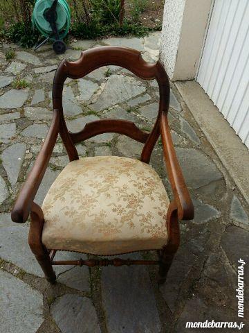 fauteuil ancien bon état 50 Aurillac (15)