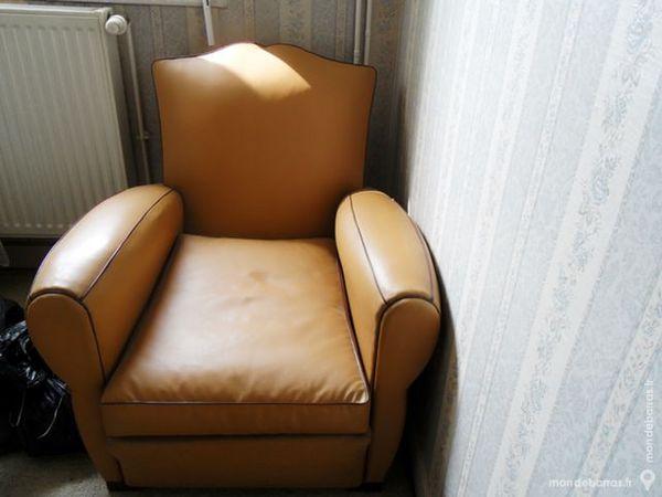 canap s occasion charvieu chavagneux 38 annonces achat et vente de canap s paruvendu. Black Bedroom Furniture Sets. Home Design Ideas