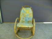 fauteuil basculant en rotin 15 Maulévrier (49)
