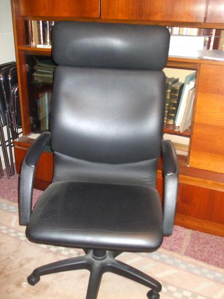 fauteuil de bureau 40 Les Andelys (27)