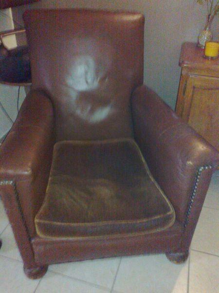 Achetez fauteuil club cuir occasion annonce vente  Savigny sur