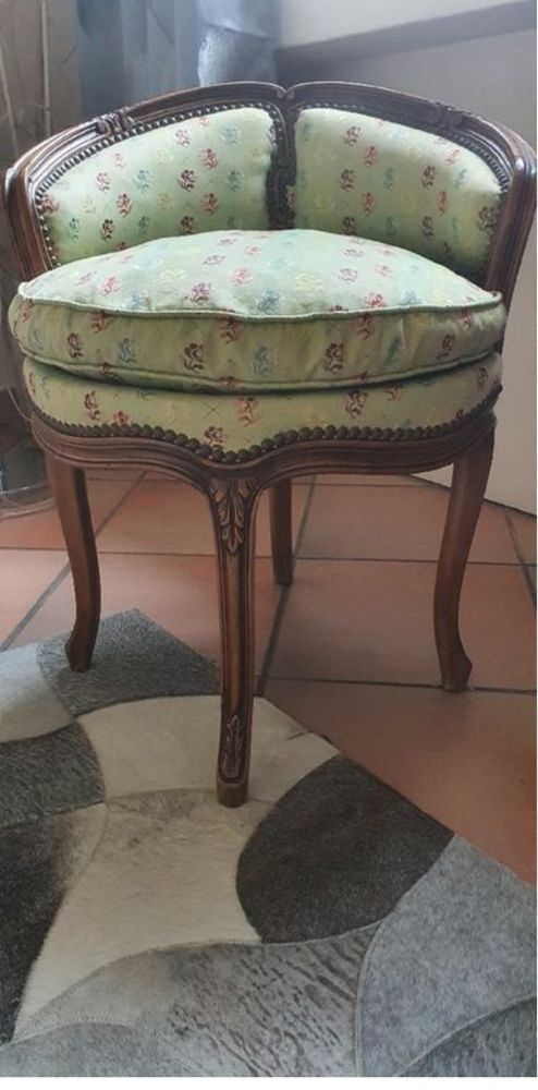 Fauteuil coiffeuse louis XV 400 Cannes (06)