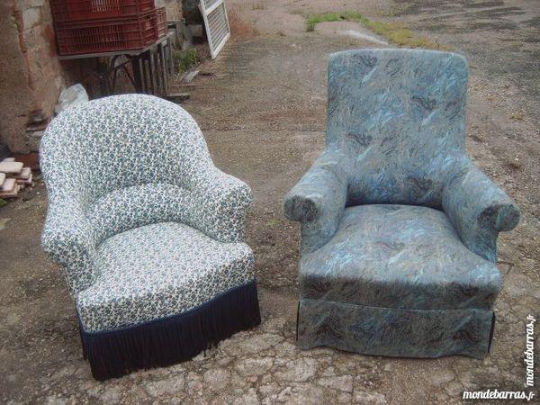 fauteuil crapaud + fauteuil tissu   faire prix 178 Saran (45)