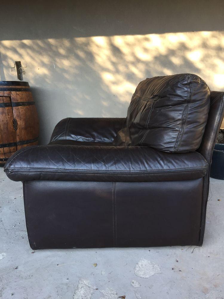 fauteuil en cuir 60 Le Pont-de-Montvert (48)
