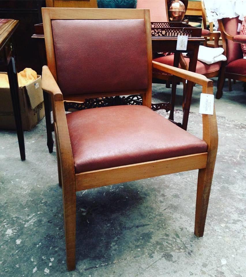 fauteuils occasion dans la manche 50 annonces achat et vente de fauteuils paruvendu. Black Bedroom Furniture Sets. Home Design Ideas