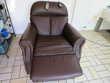 un fauteuil électrique en cuir ! Meubles