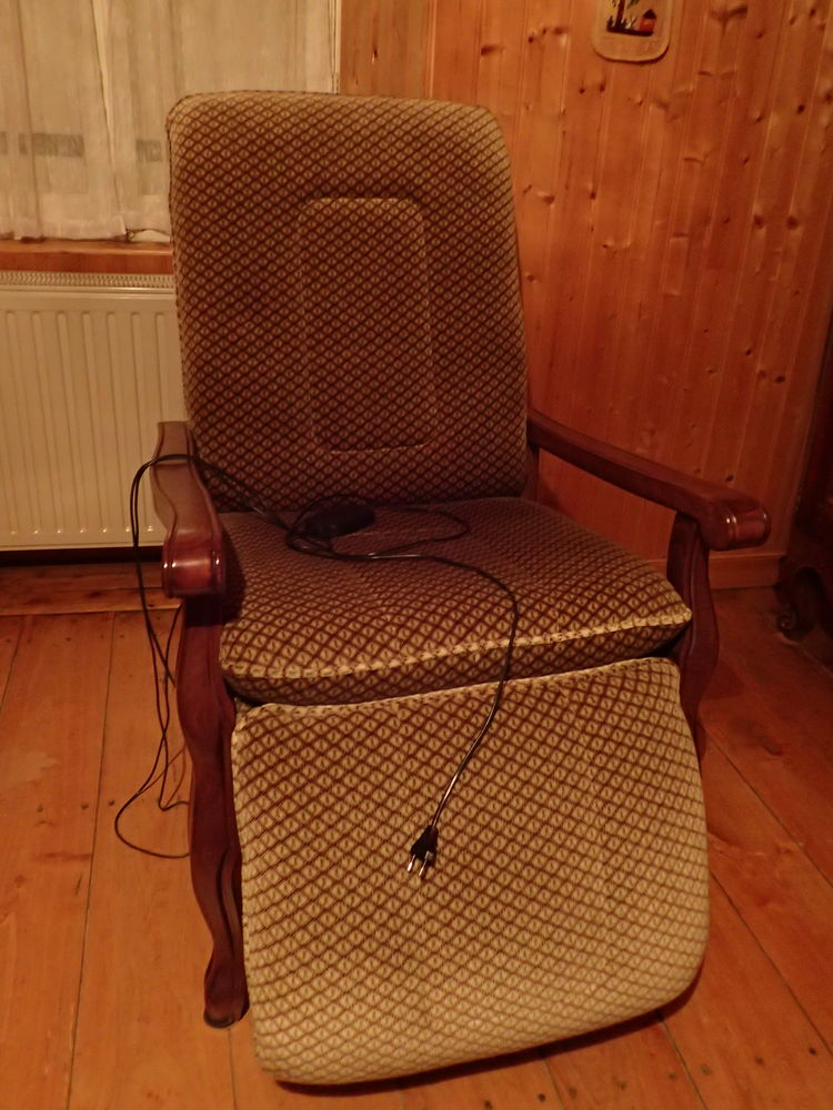 fauteuil électrique 160 Saint-Loup-Lamairé (79)