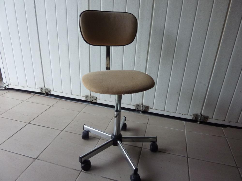 fauteuil enfant 3 Louvigné-de-Bais (35)