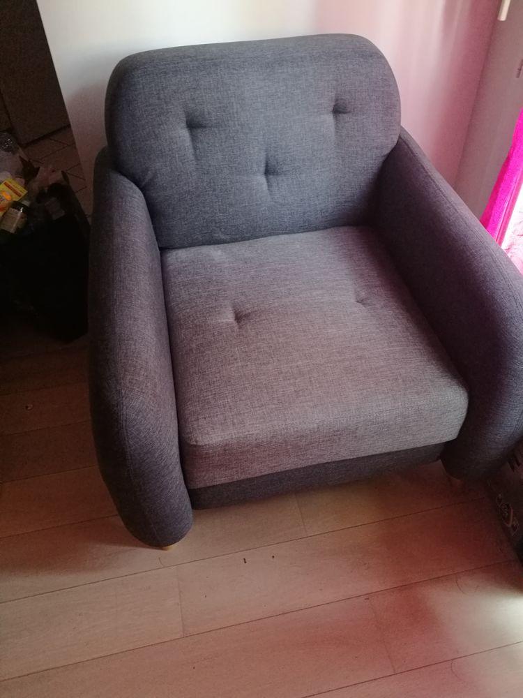 fauteuil gris très bon état 90 Deuil-la-Barre (95)