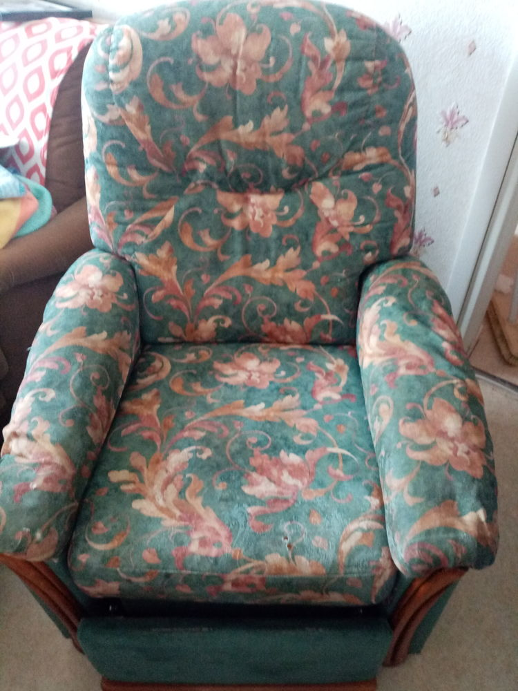 Fauteuil inclinable  50 Saint-Quentin (02)
