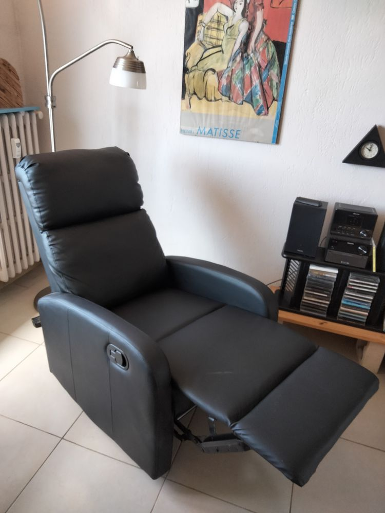 Fauteuil inclinable 100 Toulon (83)