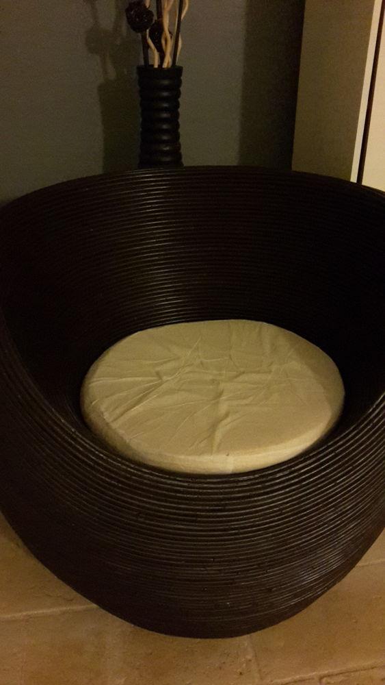 fauteuils rotin occasion en basse normandie annonces achat et vente de fauteuils rotin. Black Bedroom Furniture Sets. Home Design Ideas