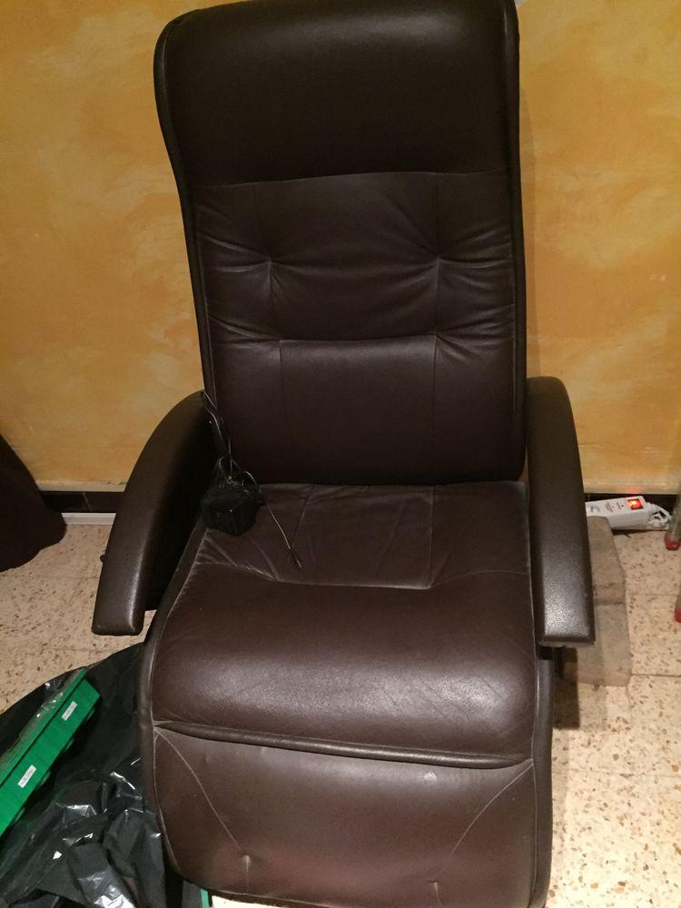 fauteuil massant électrique en cuir 140 Allauch (13)