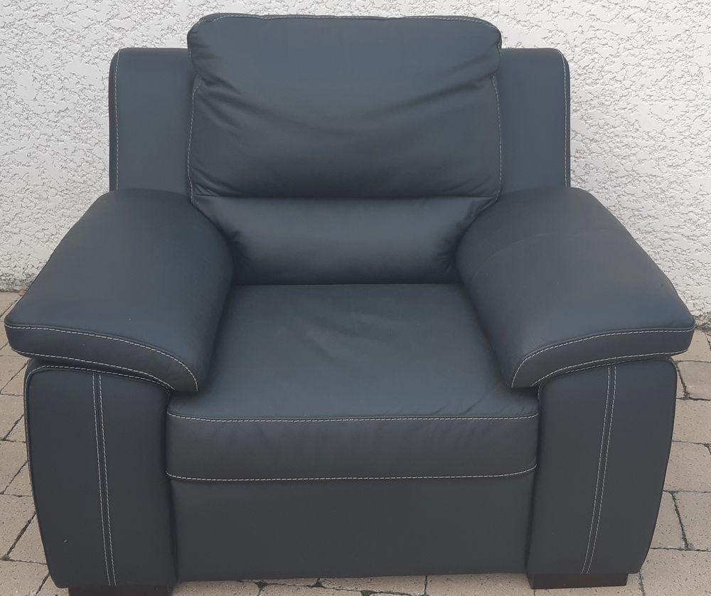 fauteuil moderne cuir noir NEUF 200 Meyzieu (69)