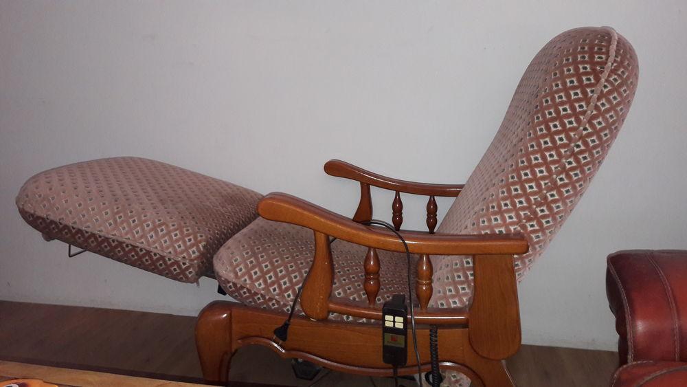 meubles occasion gignac la nerthe 13 annonces achat et vente de meubles paruvendu mondebarras. Black Bedroom Furniture Sets. Home Design Ideas