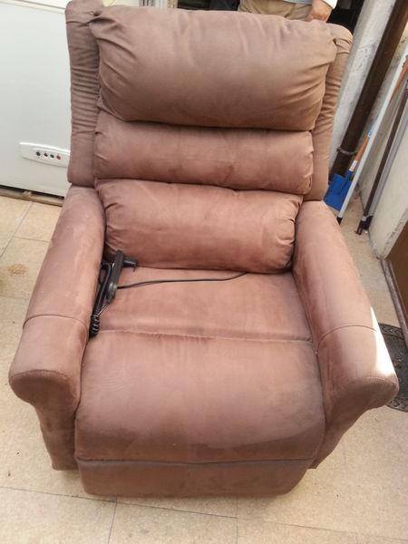 achetez fauteuil une place quasi neuf annonce vente. Black Bedroom Furniture Sets. Home Design Ideas