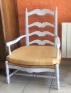 fauteuil provençal dit contandin  120 Villefranche-sur-Saône (69)