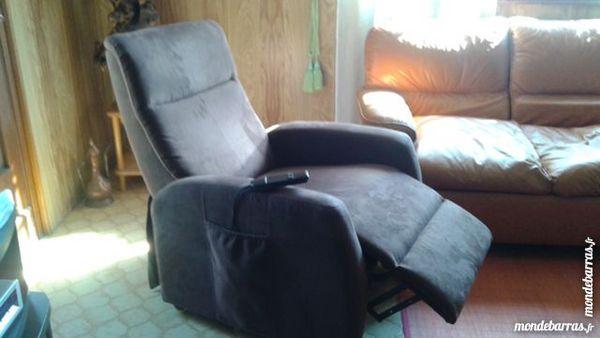 fauteuil relax éléctrique neuf 300 Le Muy (83)