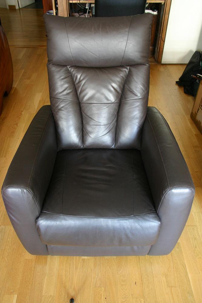 fauteuils cuir occasion dans le maine et loire 49 annonces achat et vente de fauteuils cuir. Black Bedroom Furniture Sets. Home Design Ideas