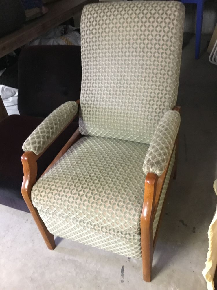Fauteuil relax 50 Thizy (69)