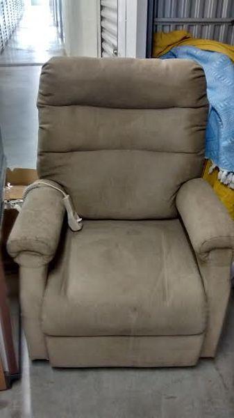 fauteuils relax occasion dans les yvelines 78 annonces achat et vente de fauteuils relax. Black Bedroom Furniture Sets. Home Design Ideas