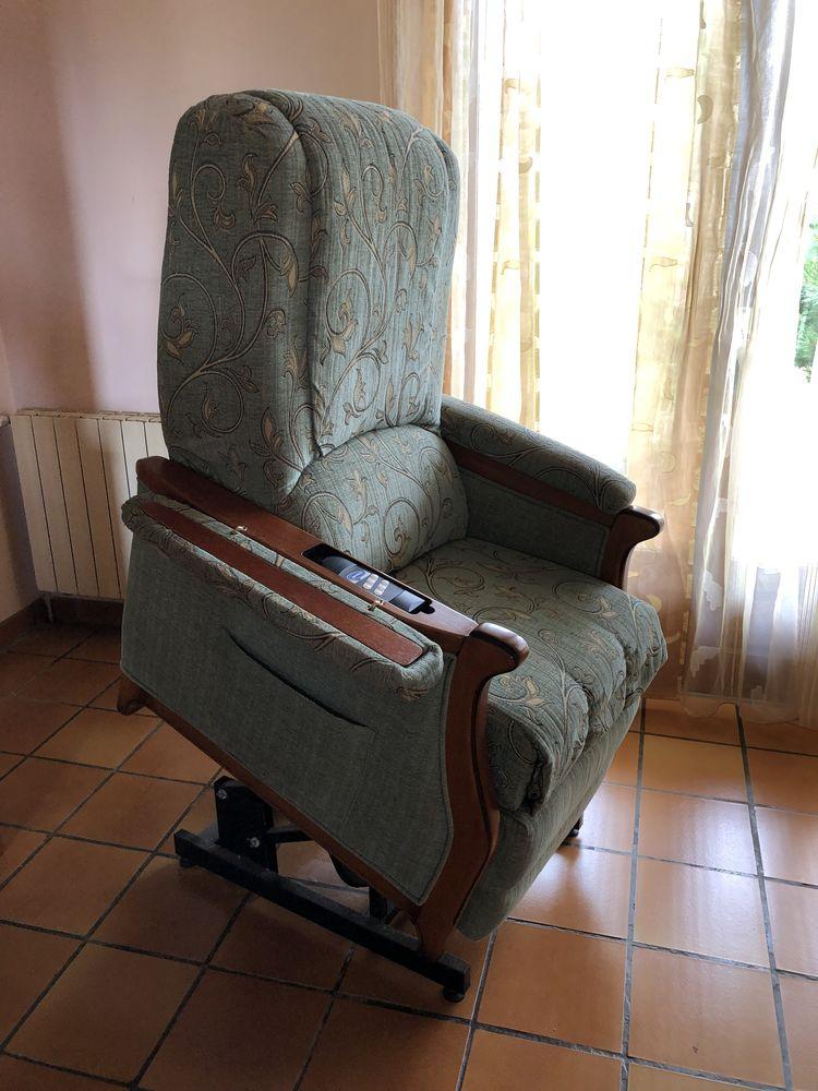 fauteuil releveur relax motorisé invacare 490 Saint-Benoît (86)