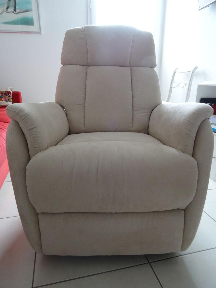 fauteuil releveur 400 Saint-Raphaël (83)