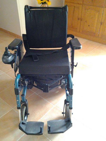 fauteuil roulant electrique fauteuil rou d occasion. Black Bedroom Furniture Sets. Home Design Ideas