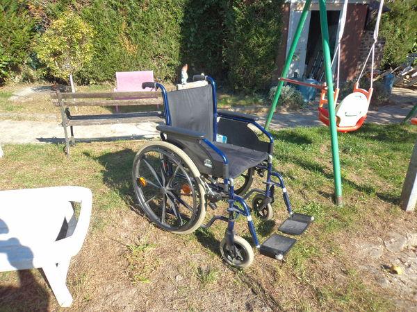 fauteuil roulant 150 Montigny-sur-Loing (77)