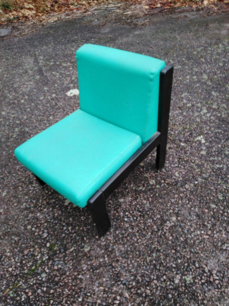 fauteuil de sale d attente en bois et simili cuire 49 Villeurbanne (69)