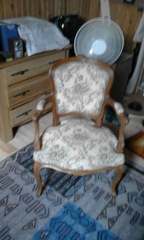 fauteuil style louis xv 140 Issoudun (36)