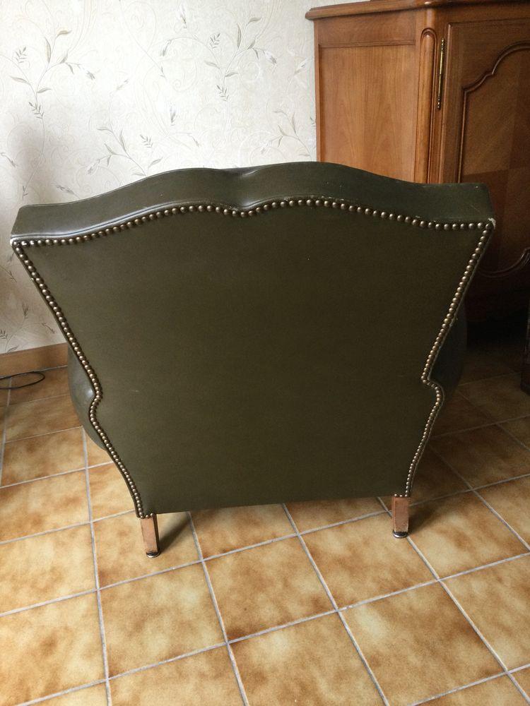 Fauteuil en véritable cuir vert 0 Saint-Avertin (37)