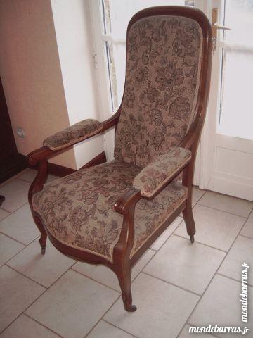 fauteuils voltaire occasion dans le centre annonces achat et vente de fauteuils voltaire. Black Bedroom Furniture Sets. Home Design Ideas