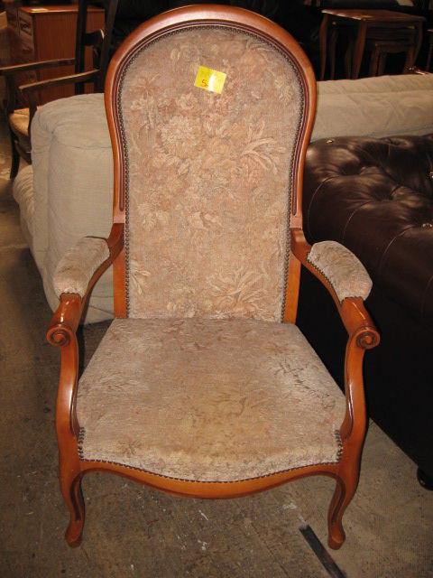 Achetez fauteuil voltaire quasi neuf annonce vente toulouse 31 9926816020 - Vente fauteuil voltaire ...