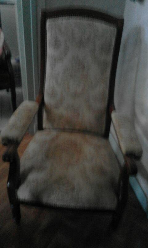 fauteuil voltaire 260 Issoudun (36)