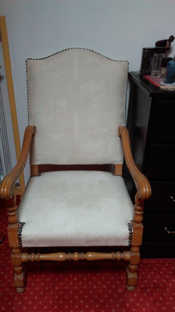 2 fauteuils bois clair 0 Saint-Rémy-l'Honoré (78)