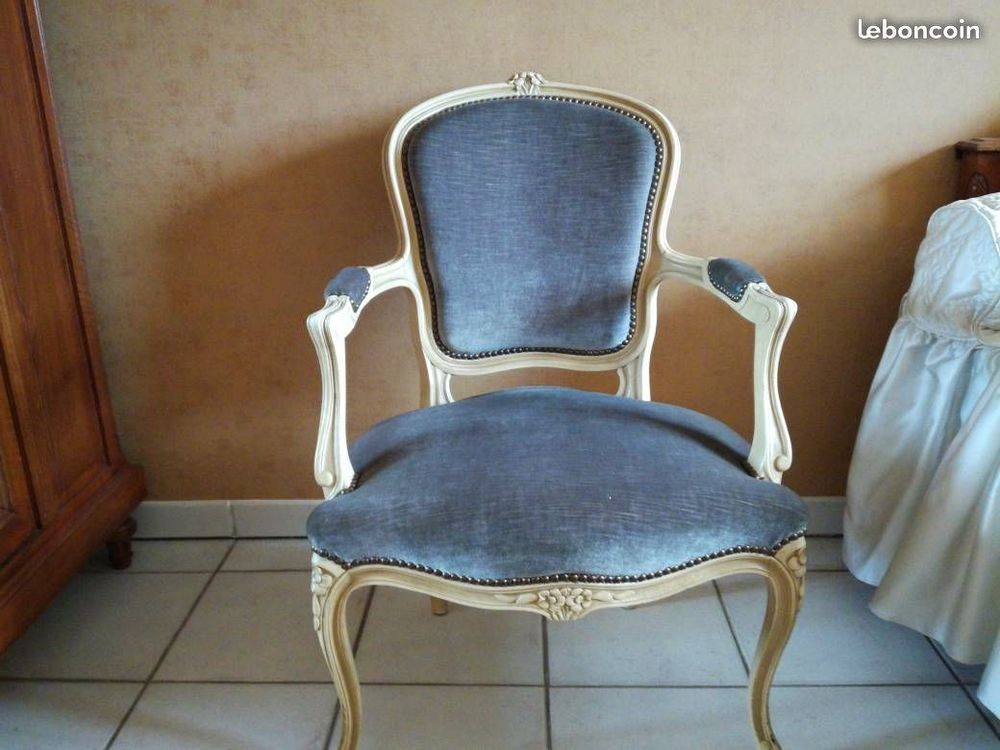 2 fauteuils cabriolets 200 Le Pouzin (07)