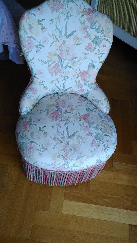 lot de 3  fauteuils crapauds tapissés 400 Saint-Paul (06)