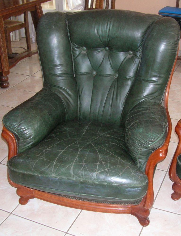 2 Fauteuils cuir vert  80 Saint-Lys (31)