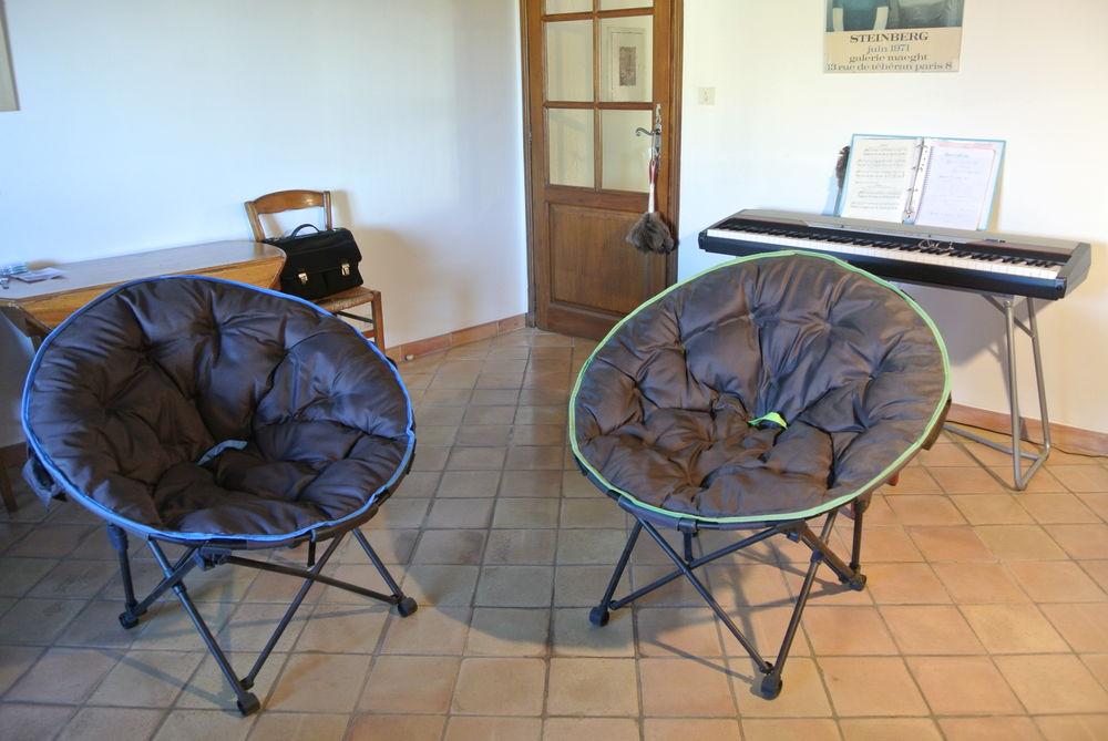 LOT DE 2 FAUTEUILS LUNE 30 L'Isle-sur-la-Sorgue (84)