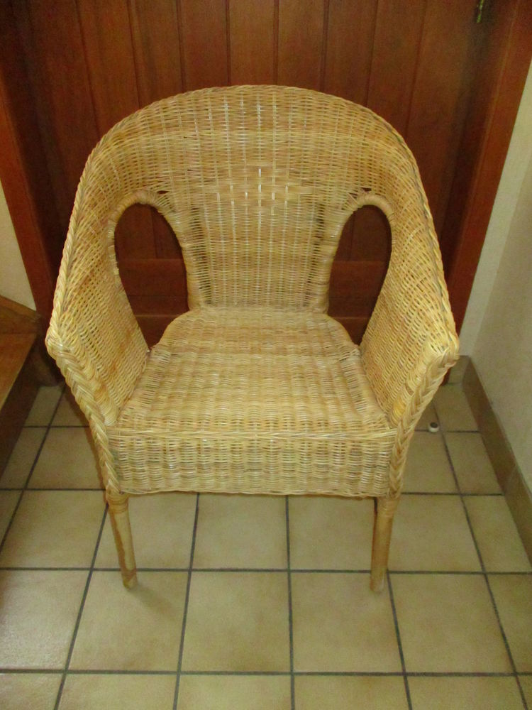 2 fauteuils en osier et rotin vintage en très très bon état  70 Mérignies (59)