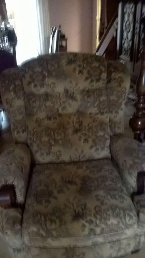 2 fauteuils relax manuel tre bon etat 0 Lens (62)