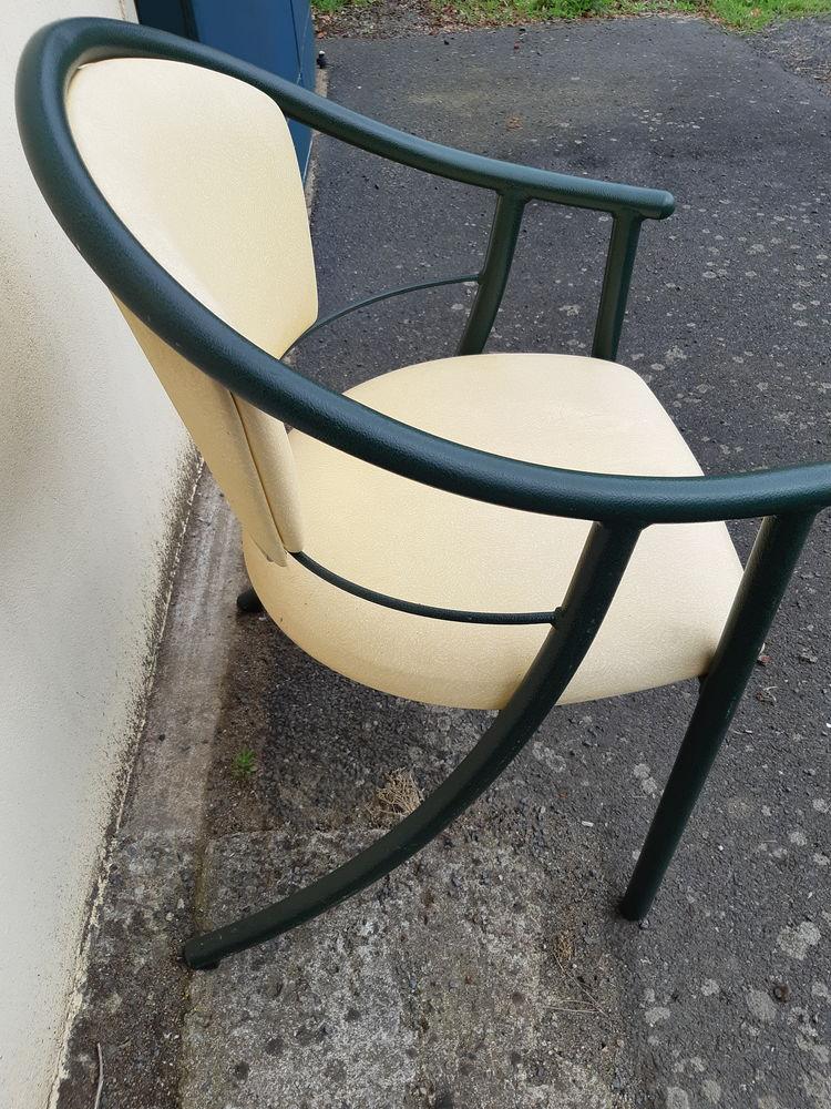 Lot fauteuils verts et blancs 12 Château-Thébaud (44)