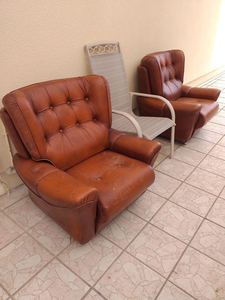 fauteuils  0 Saint-Médard-de-Guizières (33)