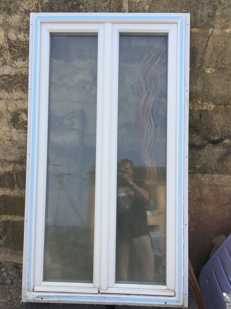 fenêtre PVC 2VTX très bon état le PONTET 84130 Bricolage