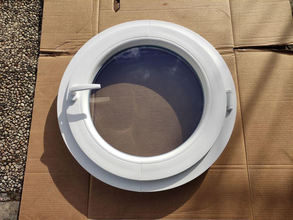 Fenêtre ronde PVC neuve - Hublot - Oeil de boeuf Schucco 500 Domont (95)
