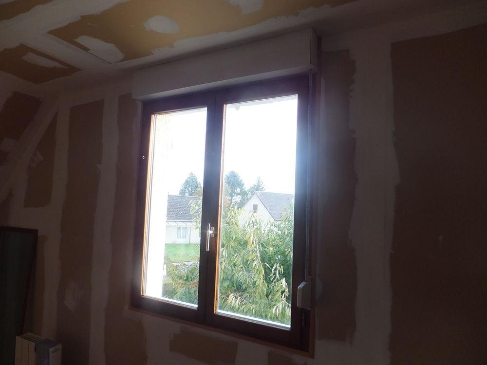 Fenêtres Isolante volet roulant main et bati 400 Saint-Vaast-en-Chaussée (80)